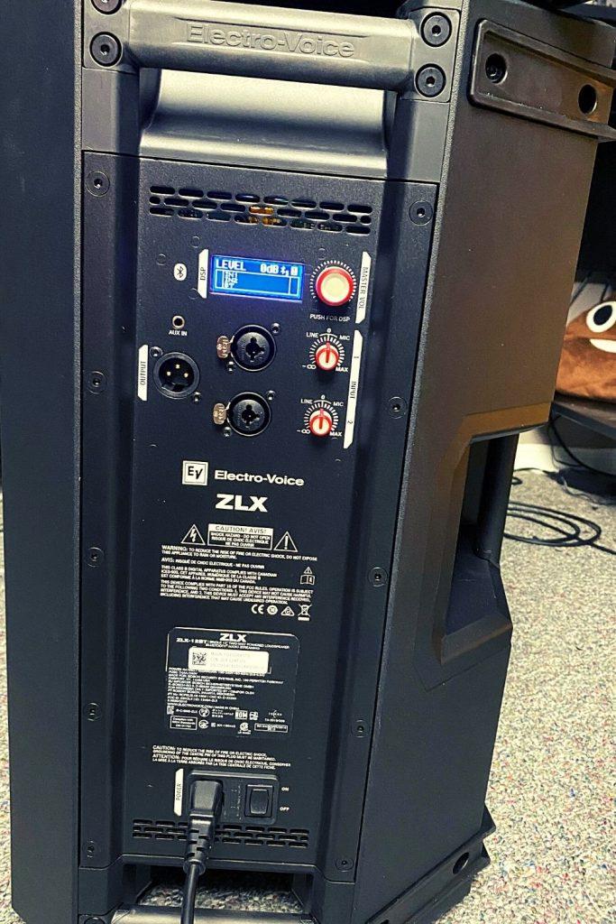 Electro-Voice ZLX 12BT back digital display