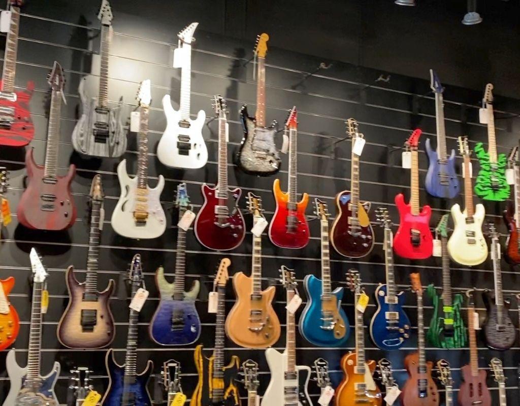 Guitars at Replay Guitar Exchange